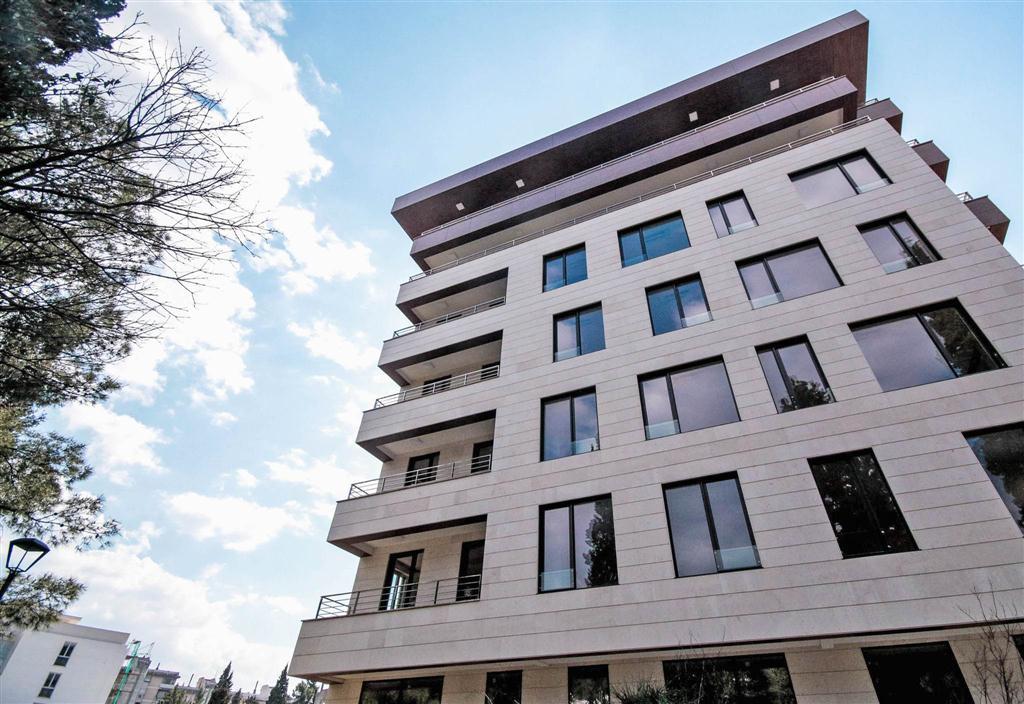 Podgorica, obala Ribnice- luksuzni apartmani 116m2 – 267m2