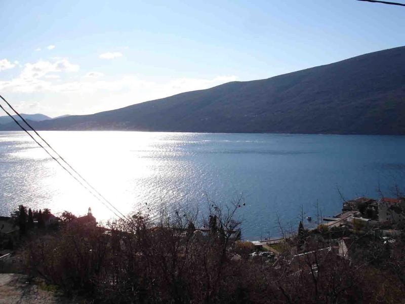 Herceg Novi, Đenovići- Urbanizovano zemljište, 3580m²