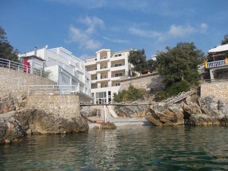 Bar,Kunje- Lux stanovi na obali mora
