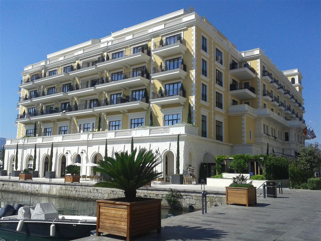 Тиват, Порто Монтенегро — роскошная квартира — студия площадью 44 м2, отель Риджент