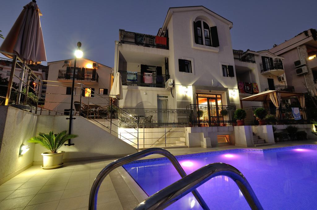 Budva, Petrovac –mini hotel sa 20 apartmana