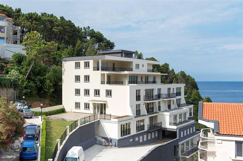 Budva, Sveti Stefan – novi apartmani sa odličnim pogledom na poluostrvo