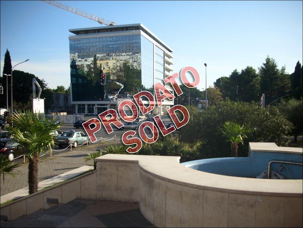 Podgorica, Societe Generale- Luksuzan penthaus, 196m2