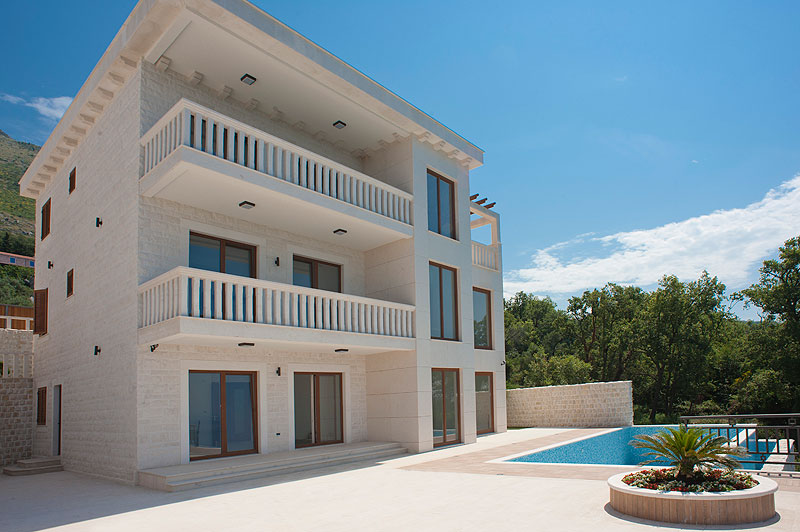 Budva, Reževići – two luxury villas