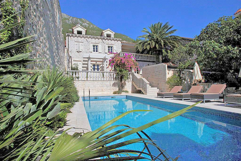 Kotor, Perast – unique stone villa in classic Mediterranean style