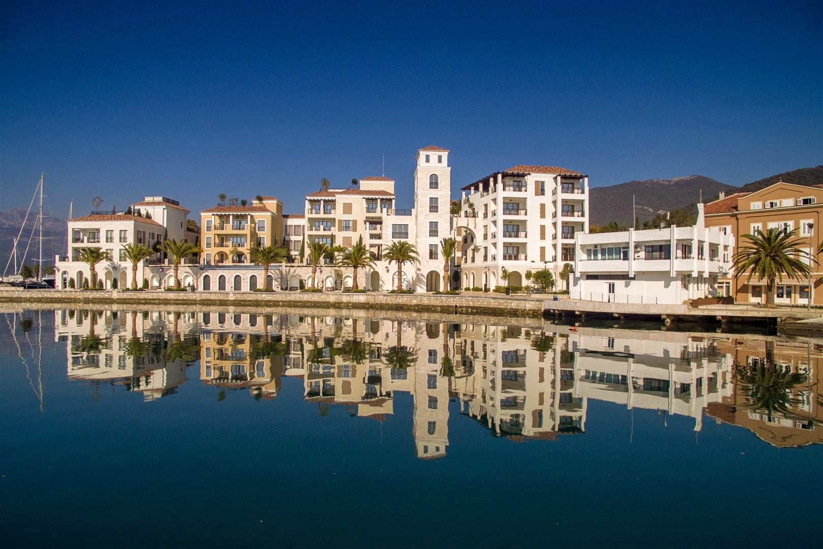Tivat, Porto Montenegro – jedinstven penthaus apartman 186m2, Ksenija