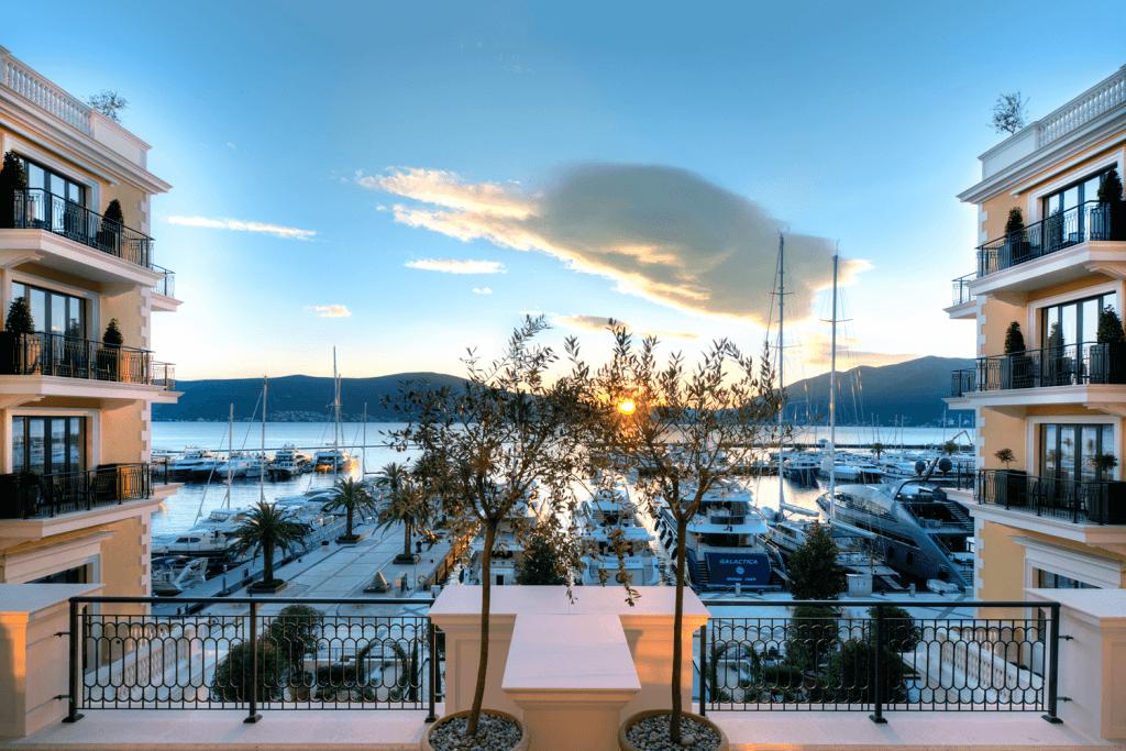 Tivat, Porto Montenegro – dvosoban apartman sa otvorenim pogledom na more, hotel Regent