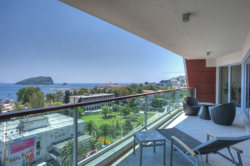 Budva, TQ Plaza - exclusive luxury three-bedroom penthouse apartment