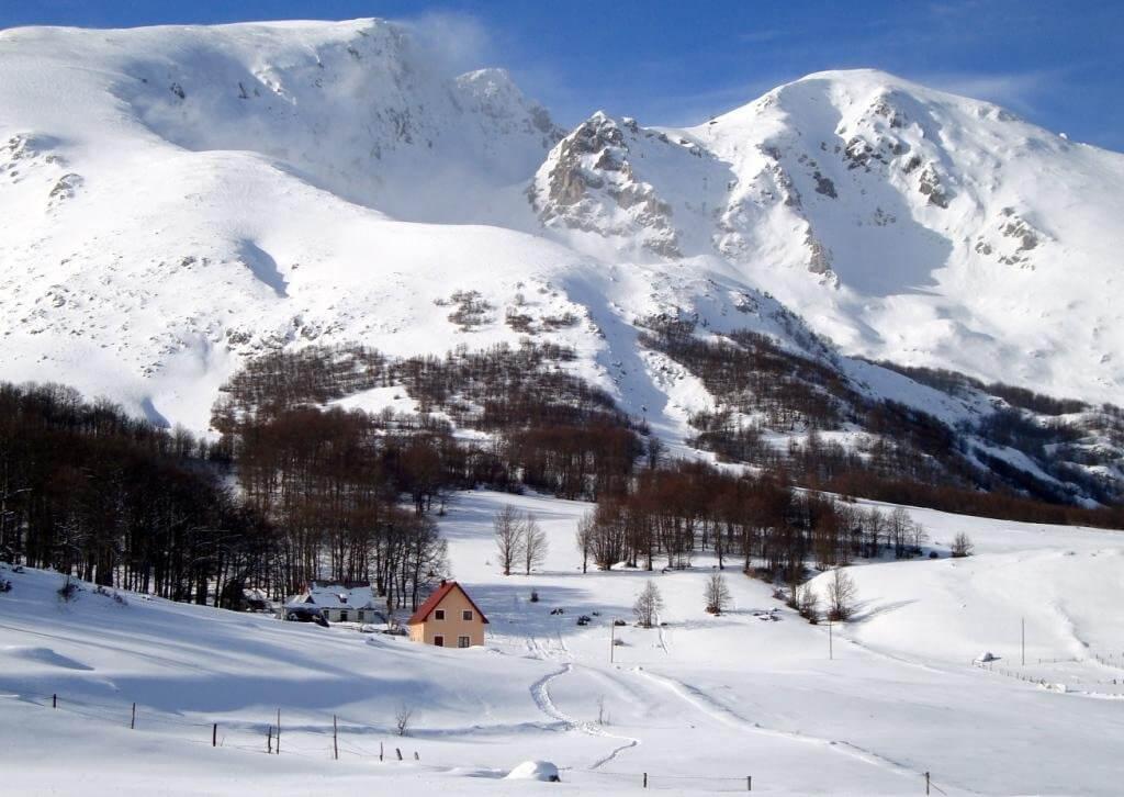 Žabljak, Motički Gaj – urbanizovano zemljište u blizini ski centra Savin Kuk