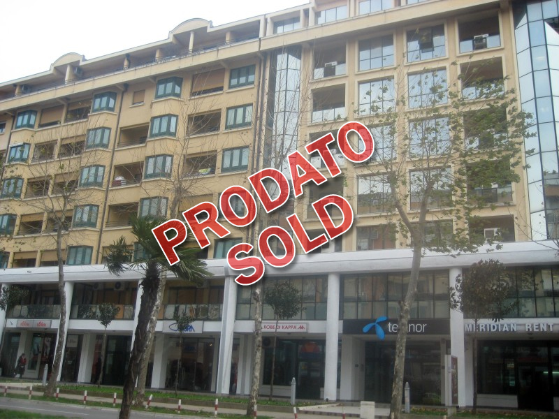 Podgorica – Ekskluzivan duplex, namješten, 96m², sa garažom