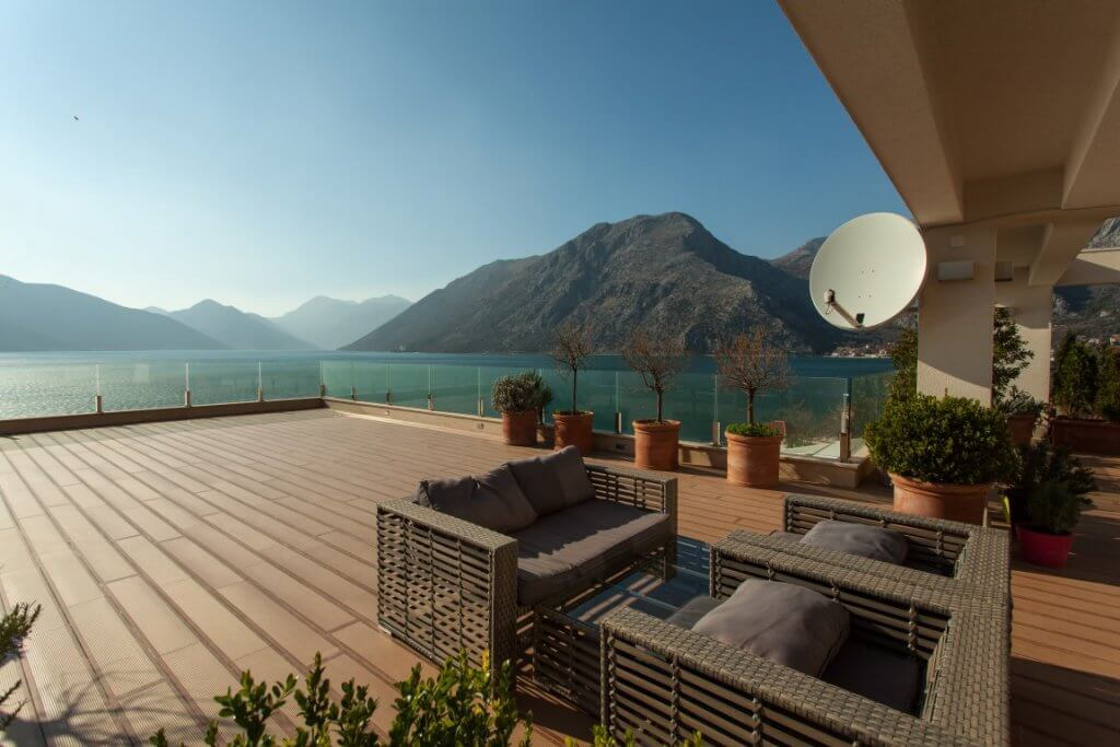 Kotor, Ljuta – two-level duplex in Ljuta with incredible sea view