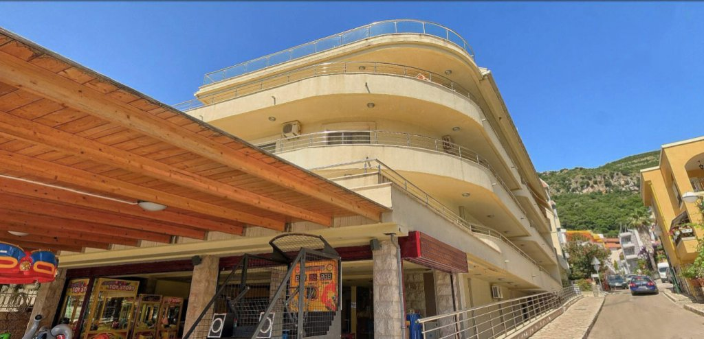 Budva, Rafailovici - one bedroom apartment 60m2, on the first line to the sea