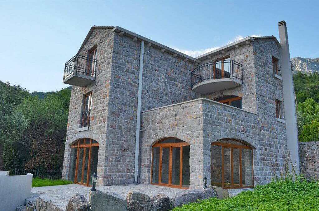 Budva, Markovici – stone villa, with excellent sea views