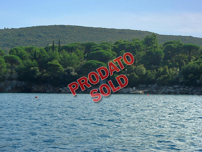Herceg Novi, Žanjice – Plac na obali mora za gradnju 11 vila