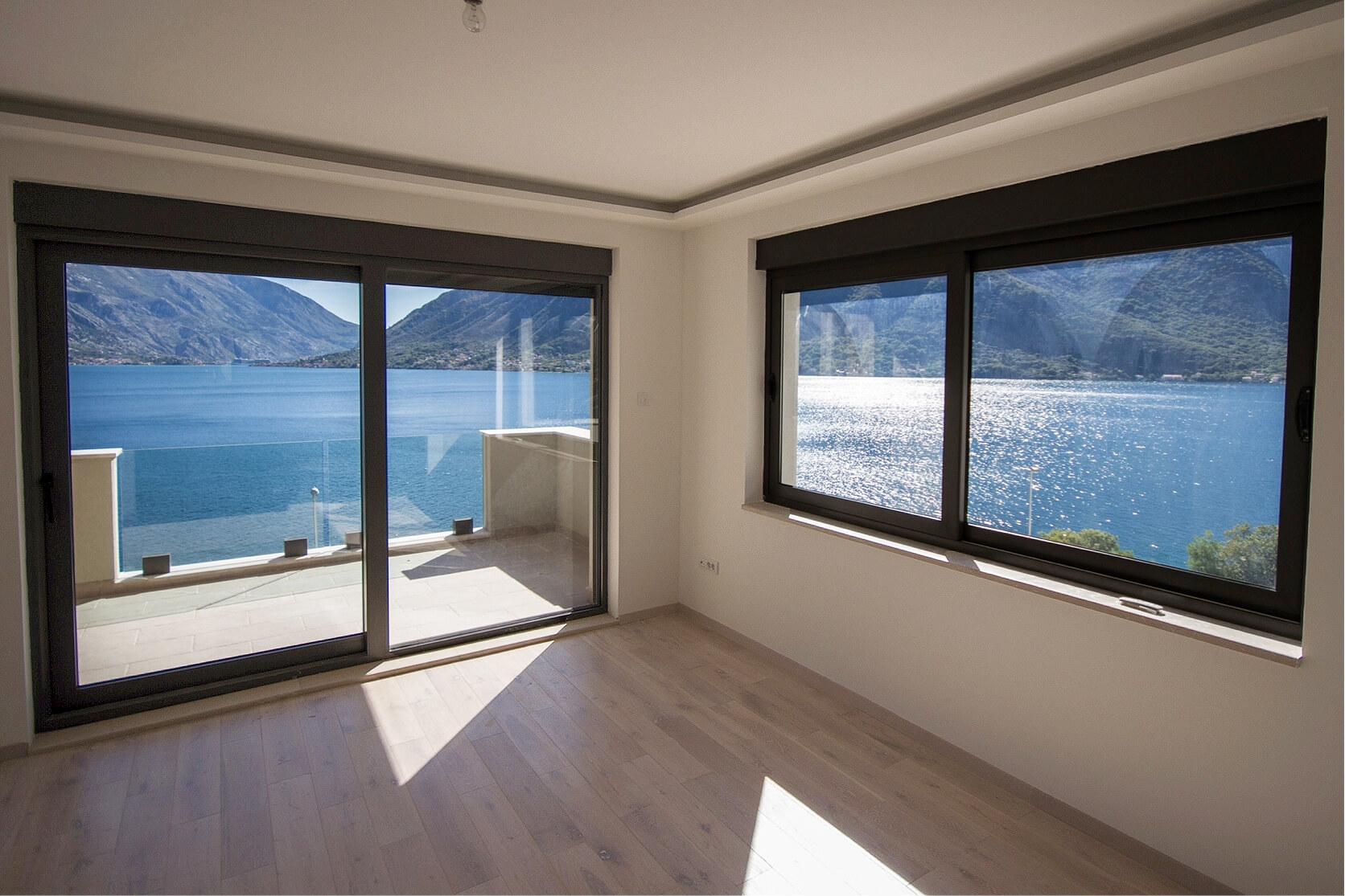 Kotor, Drazin Vrt - luxury two-bedroom apartments, 94m2,  near the sea