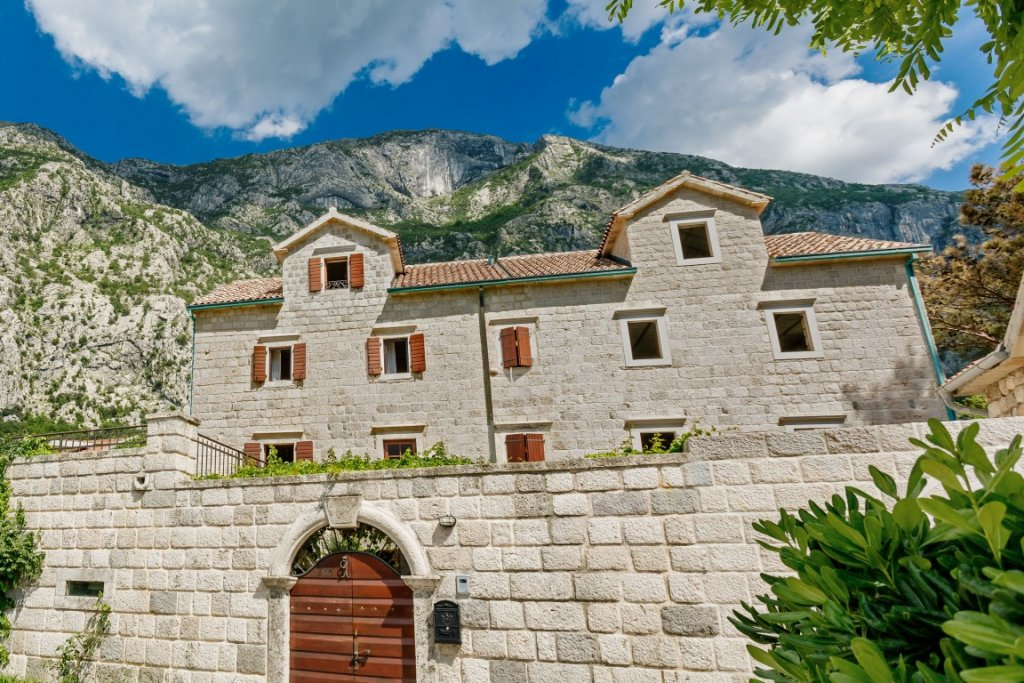 Kotor, Dobrota – exclusive stone villa on the first line to the sea