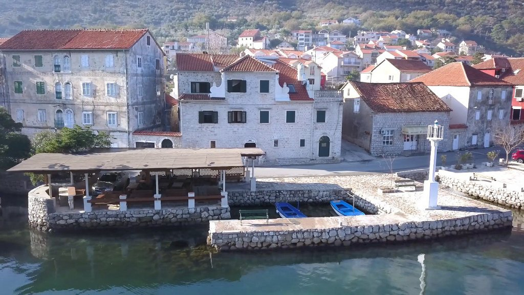 Kotor, Prčanj – two renovated stone houses with a restaurant, on the first line to the sea