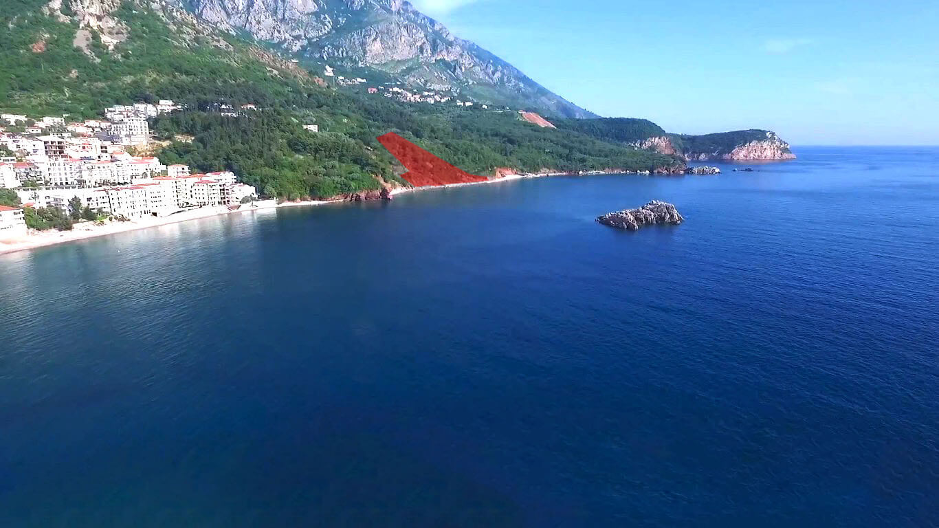 Budva, Sveti Stefan – urbanized land of 5,956m2, with a beach of 117m