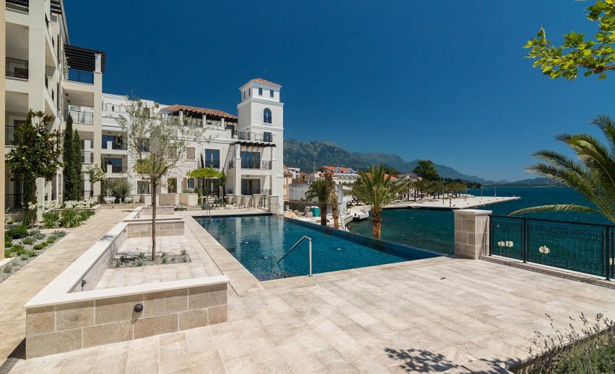 Тиват, Порто Монтенегро — двухкомнатная квартира с видом на море, резиденция Ksenija