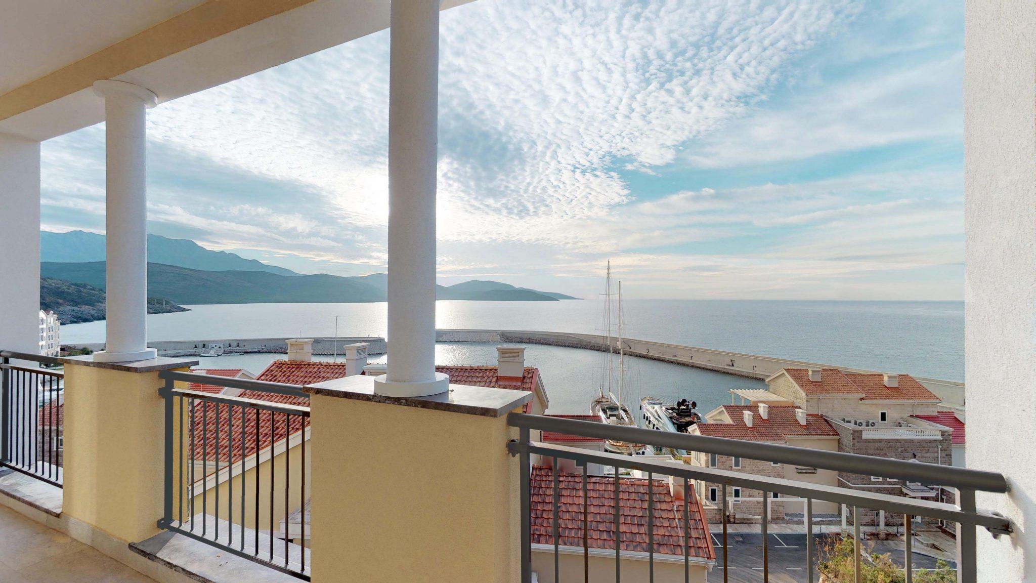 Тиват, Lustica Bay — квартира с двумя спальнями 121 м2, второй ряд от моря