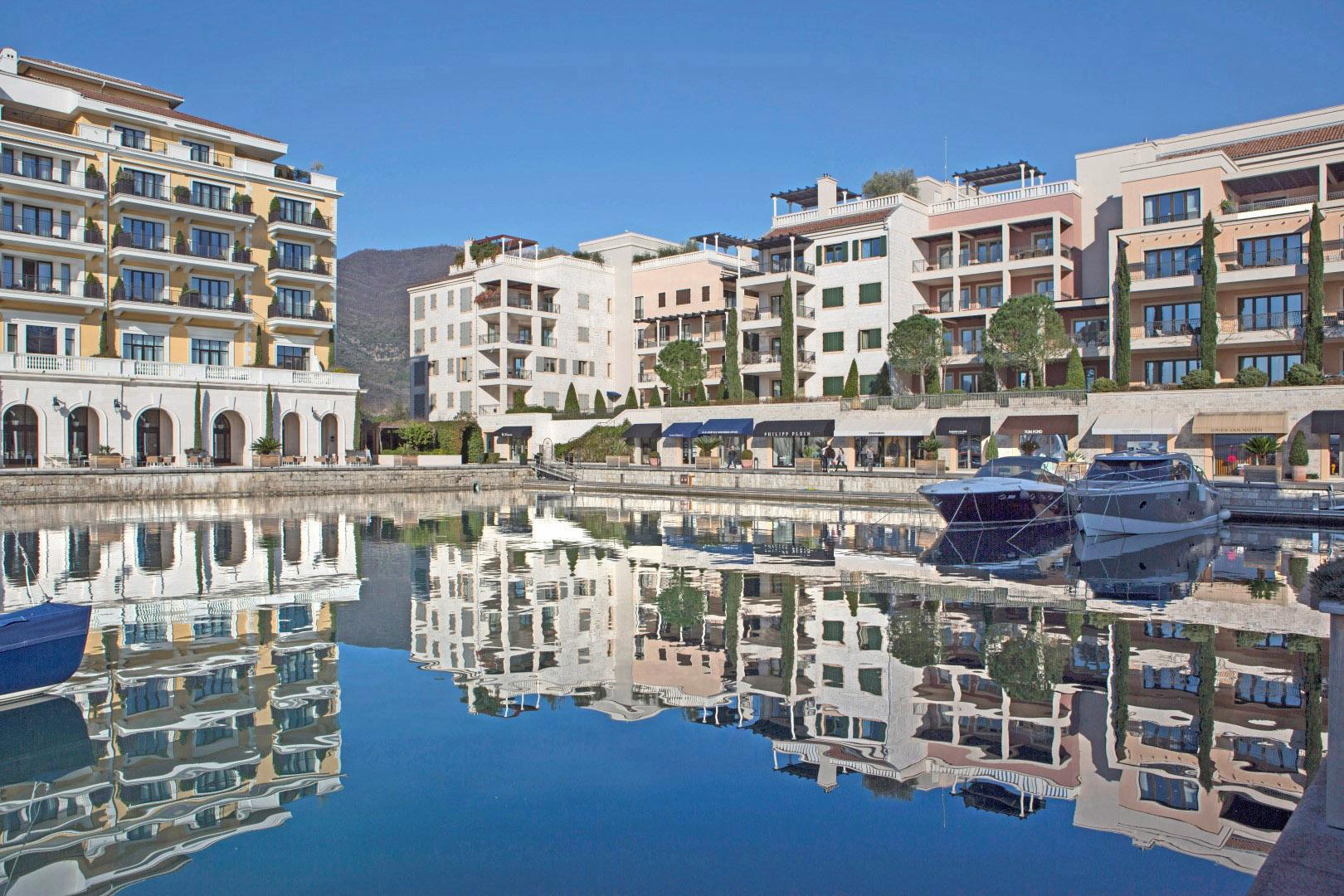 Тиват, Порто Монтенегро — трехкомнатная квартира 90м2 в доме Тара