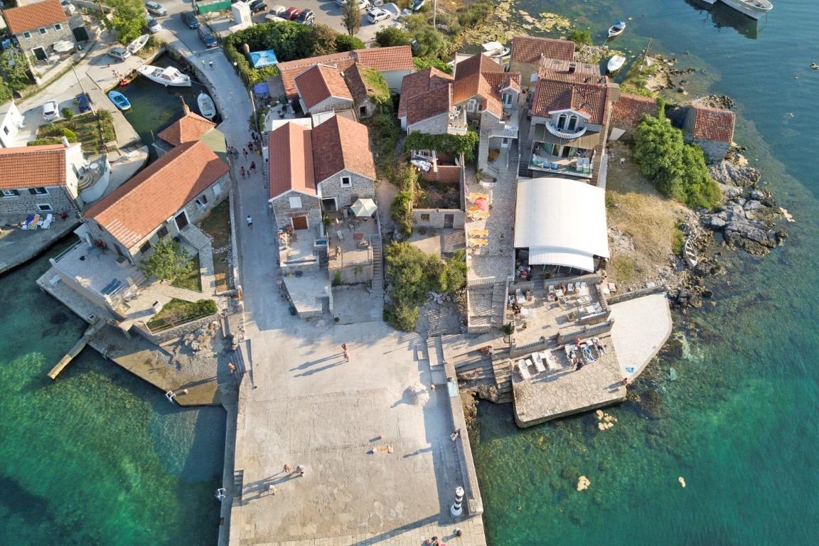 Tivat, Bjelila – ekskluzivan mini hotel s restoranom, na prvoj liniji do mora