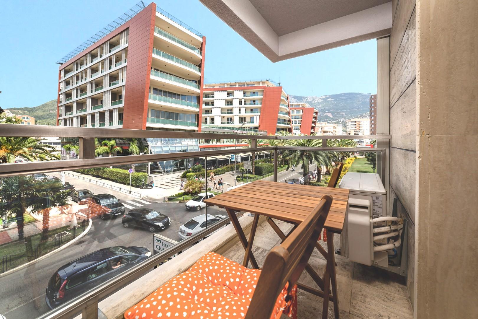 Budva, Mediteranska ulica – jednosoban apartman blizu Starog grada