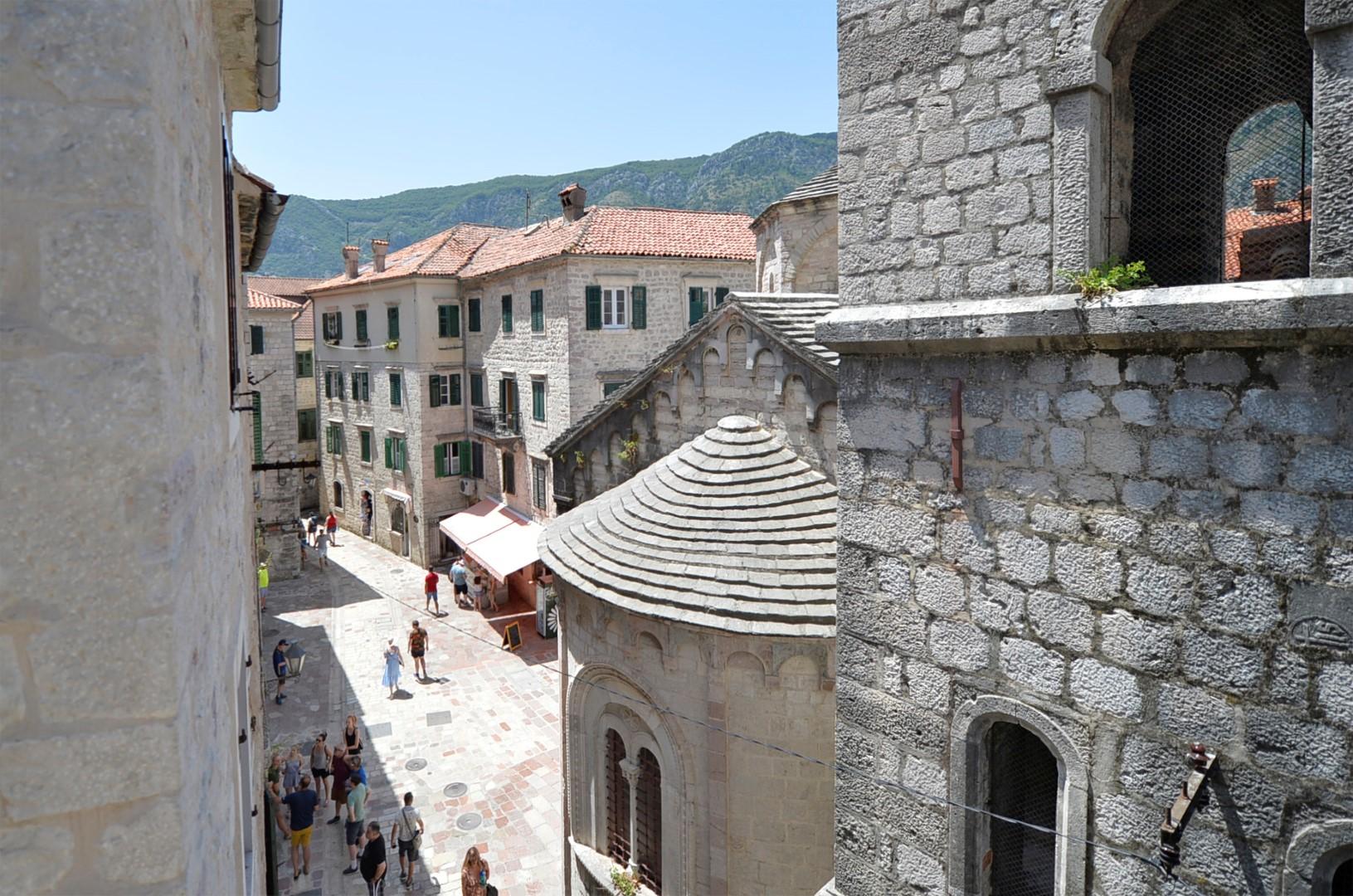 Kotor, Old Town – exclusive three-bedroom duplex apartment