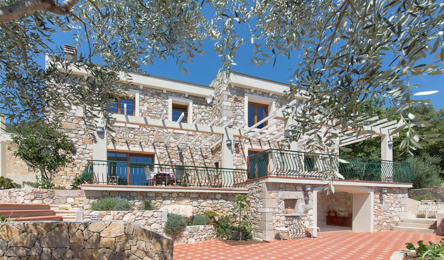 Budva, Buljarica - new stone villa with panoramic sea views