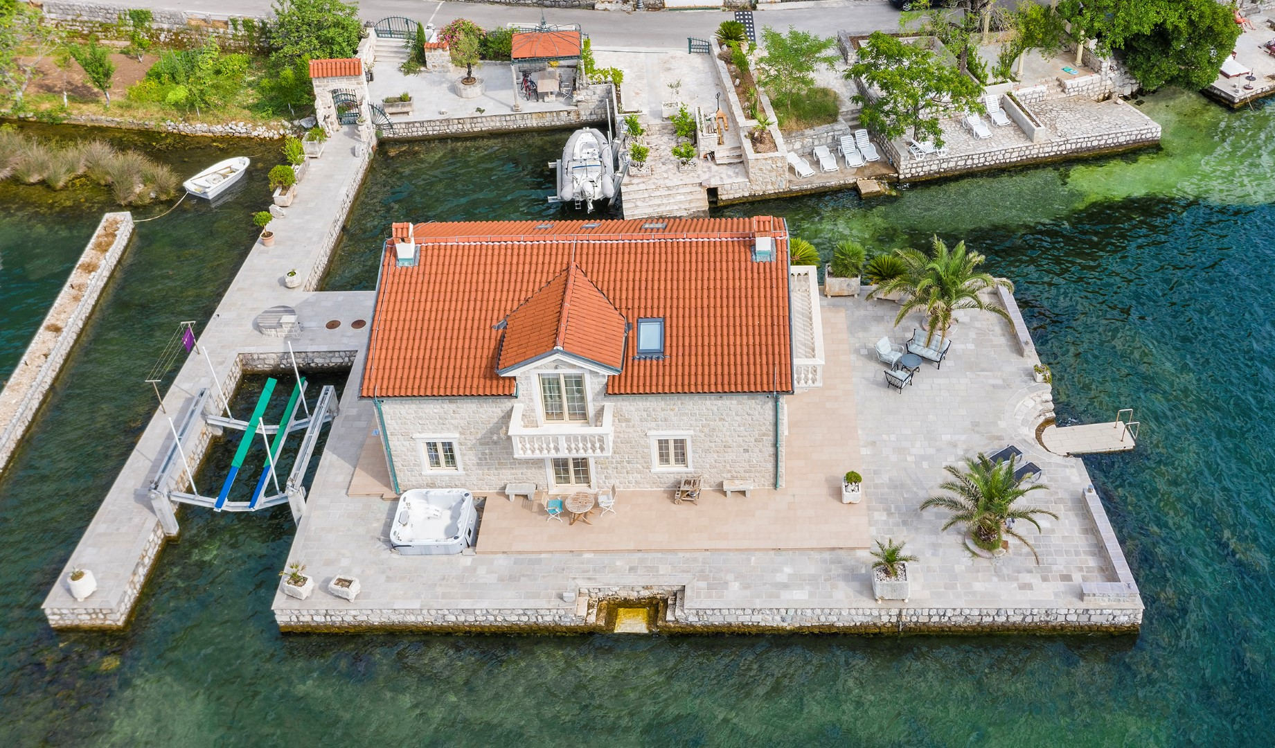 Kotor, Ljuta - unique villa on a private island