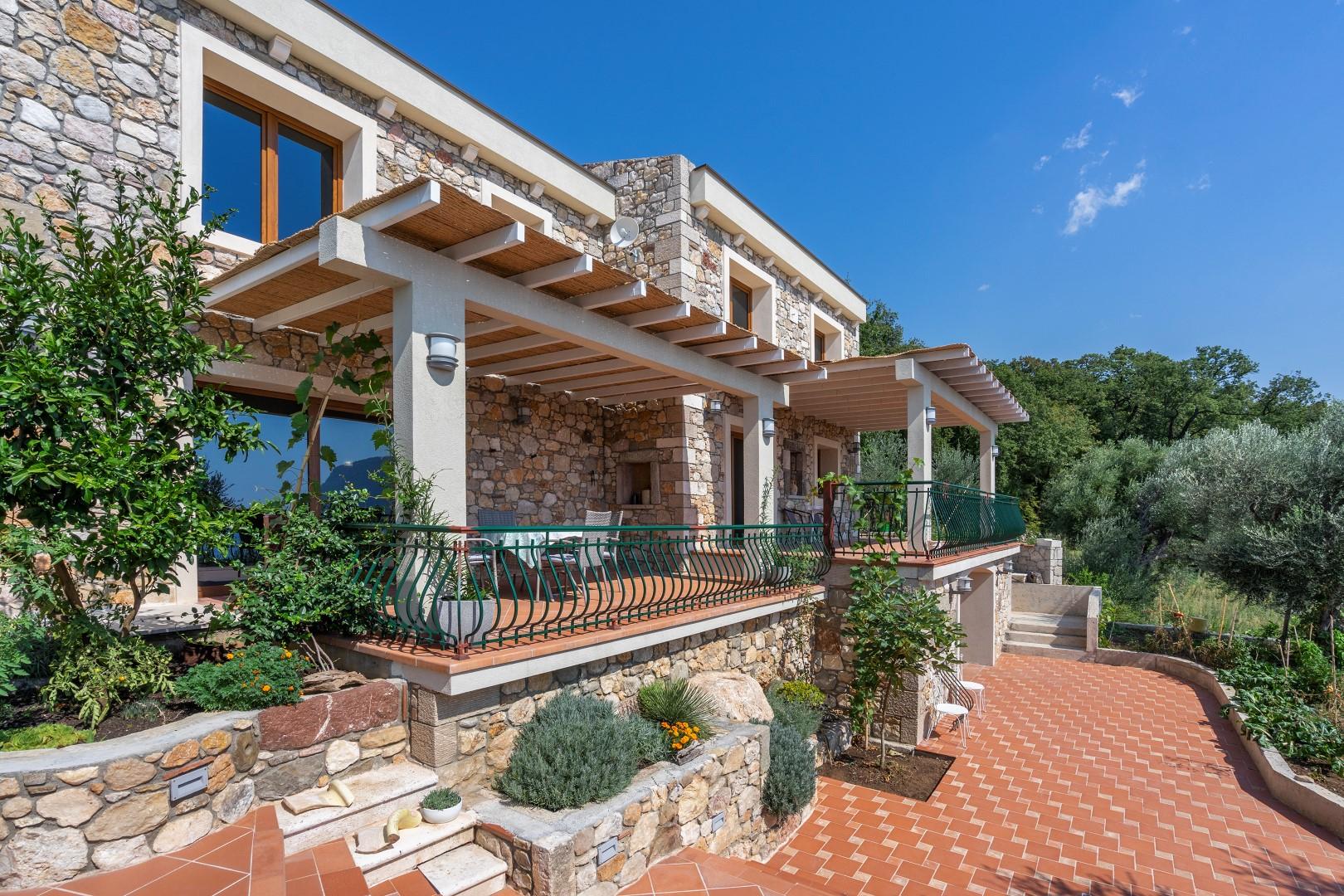 Budva, Buljarica – nova kamena vila s panoramskim pogledom na more