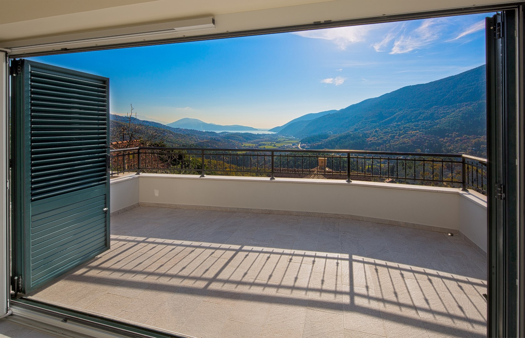 Herceg Novi, Lucici - renovated stone villa with sea views