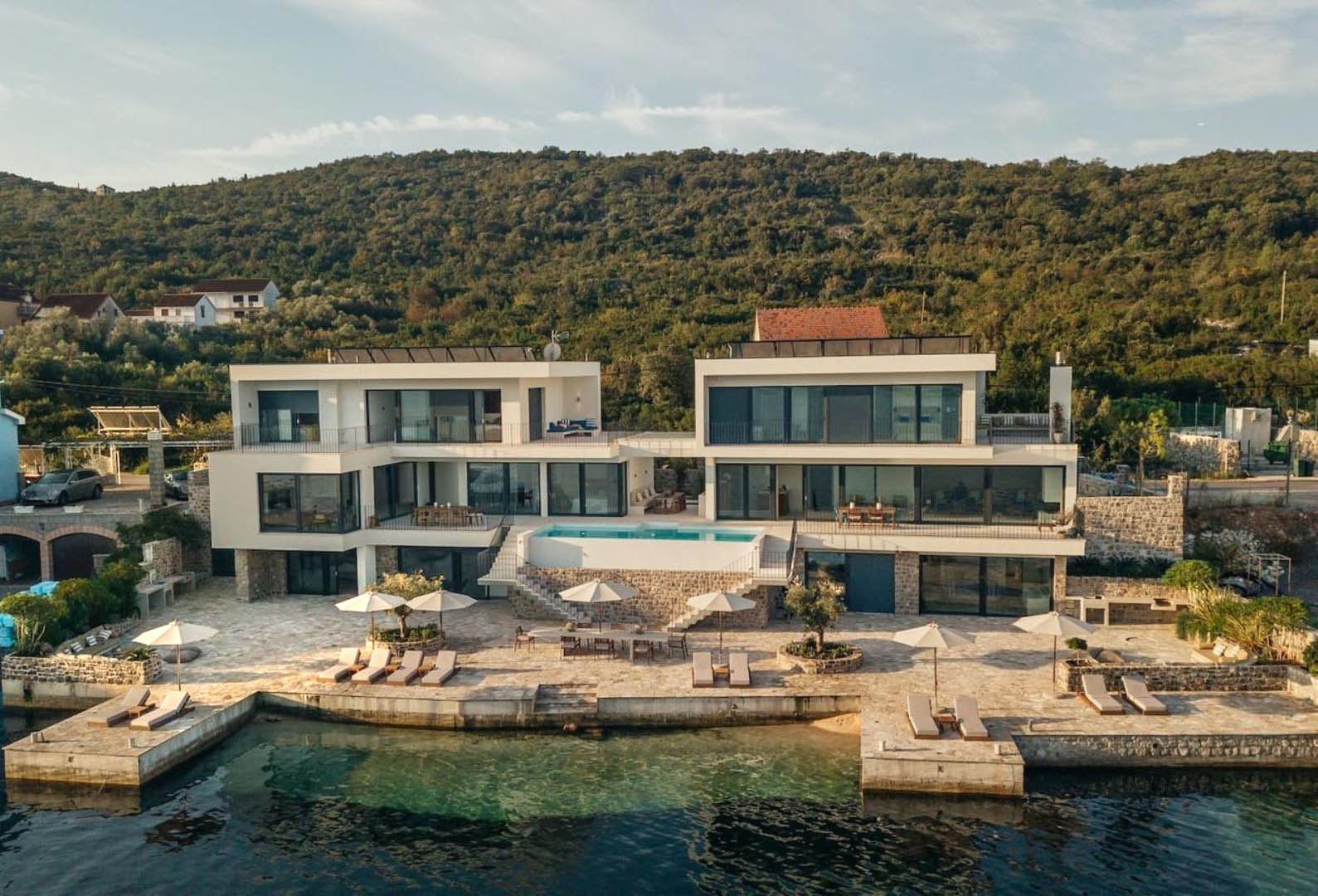 Tivat, Djurasevici – unique  seafront villa with 40m wide sea access