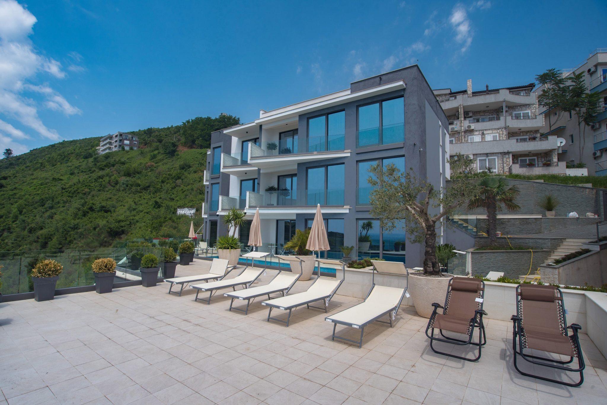Budva, Komoševina – moderne vile sa panoramskim pogledom na more