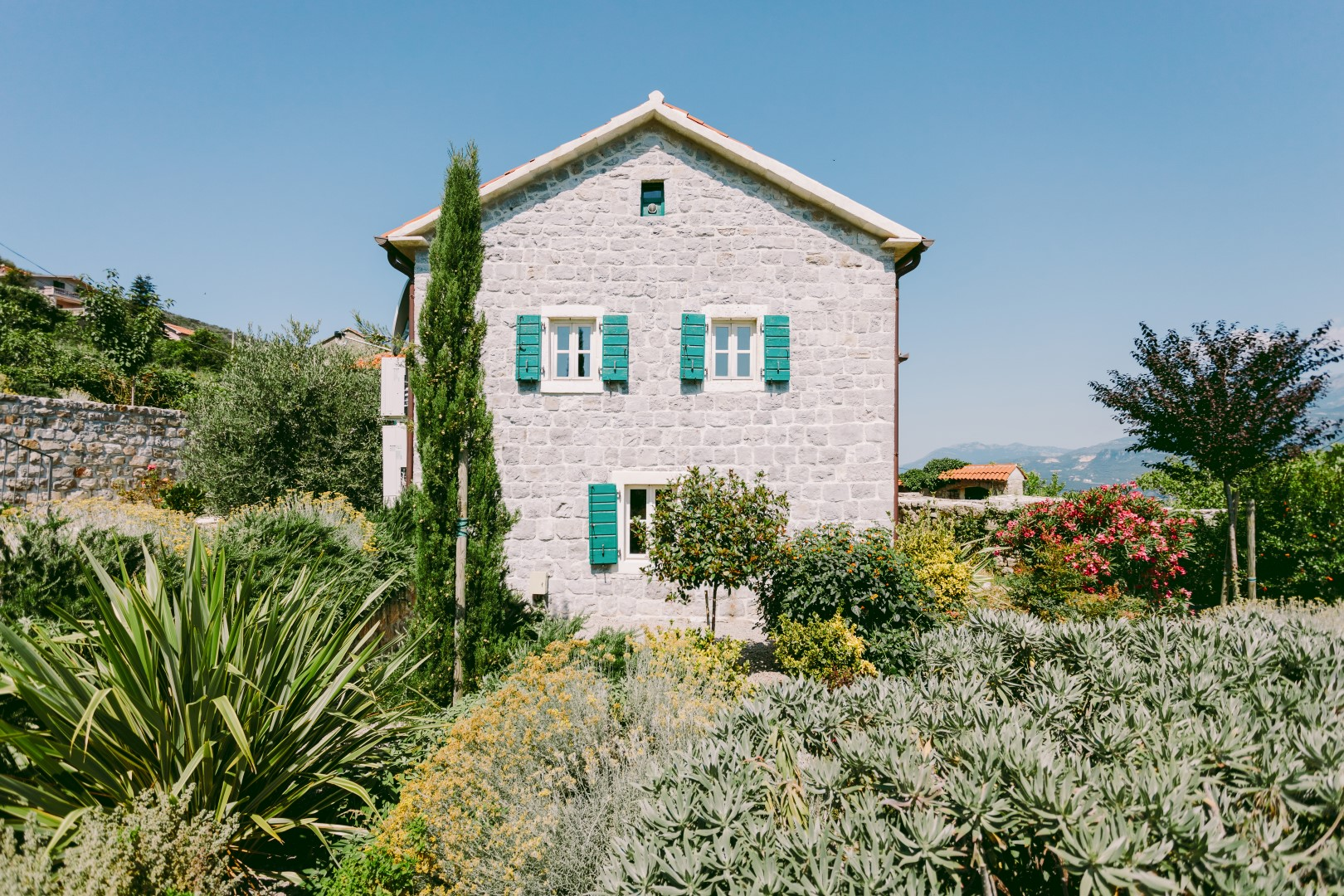 Herceg Novi, Zabrdje – unique old stone house, with panoramic sea view