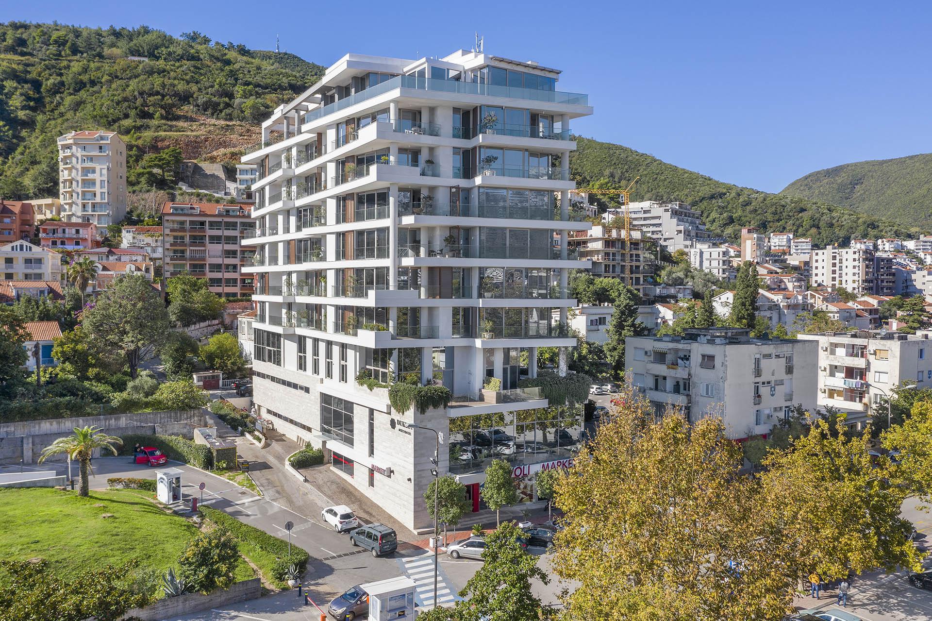 Будва, Медитеранска улица — роскошная трехкомнатная квартира, Dukley Residences