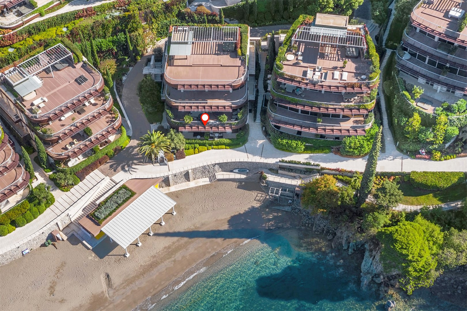 Budva, Dukley Gardens - four-bedroom apartment, on the first line to the sea