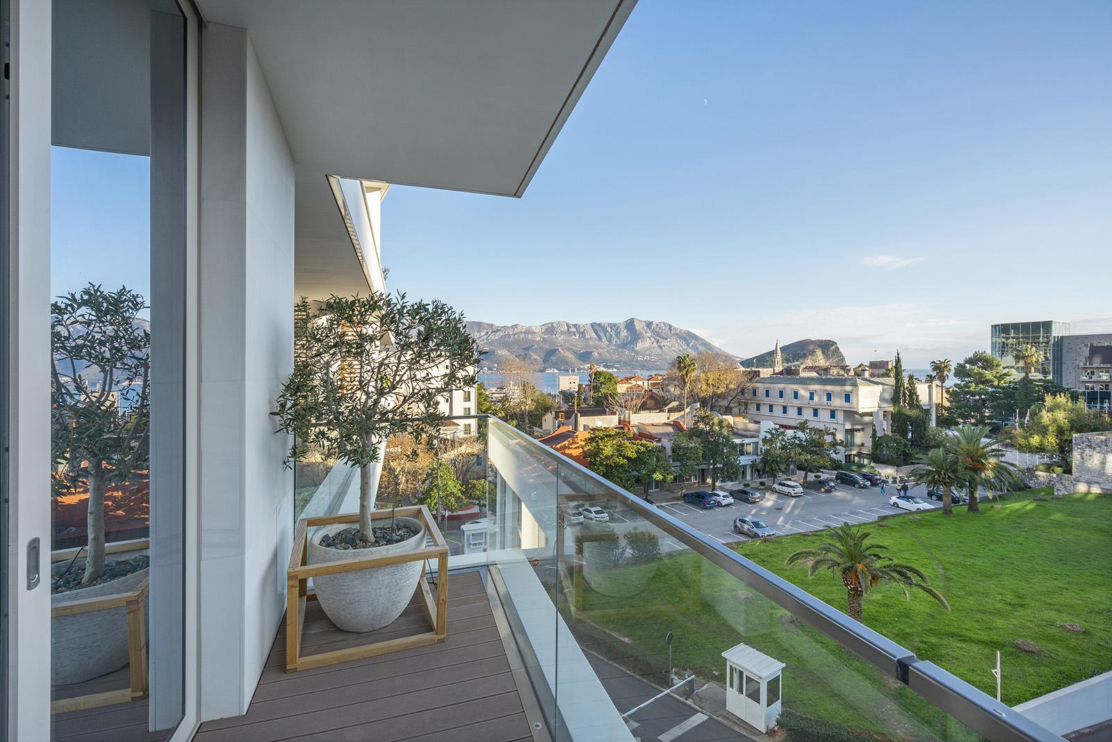 Budva, Dukley Residences – jednosoban apartman s pogledom na more i Stari grad