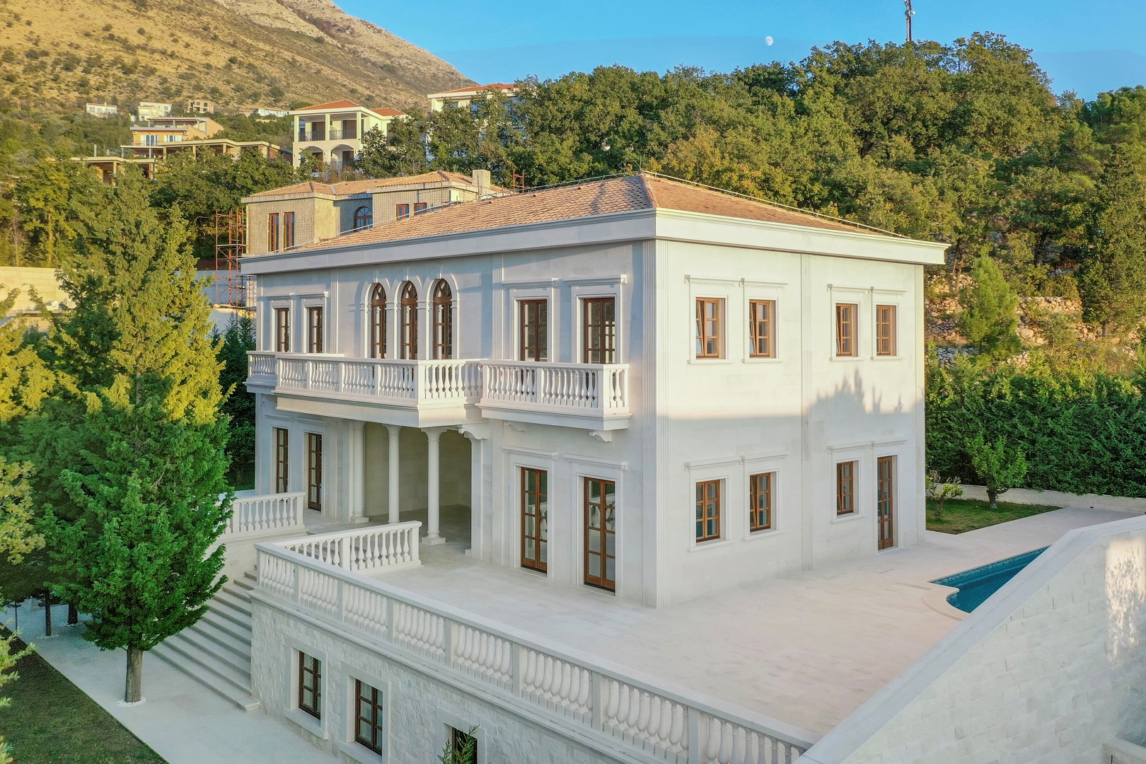 Budva, Rezevici – exclusive villa on unique location
