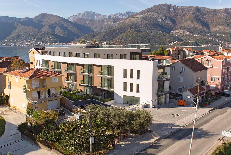 Tivat, Donja Lastva – novi stanovi u stambenom kompleksu blizu mora