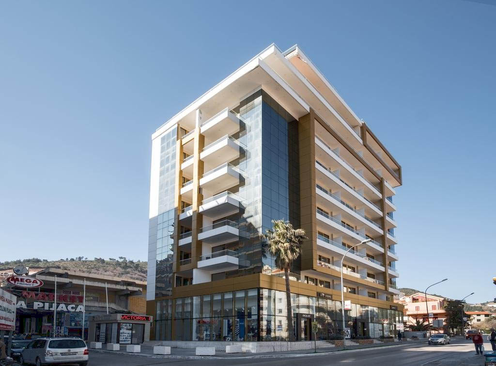 Budva, center – luxury apartment 80m2, Victoria Residence