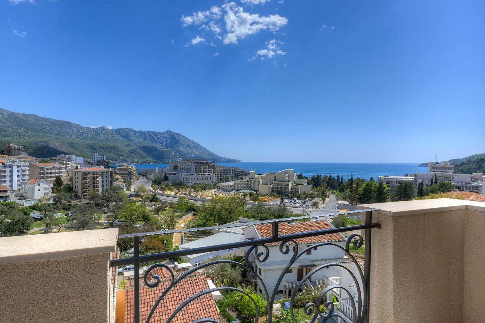 Budva, Bečići – jednosoban apartman s pogledom na more