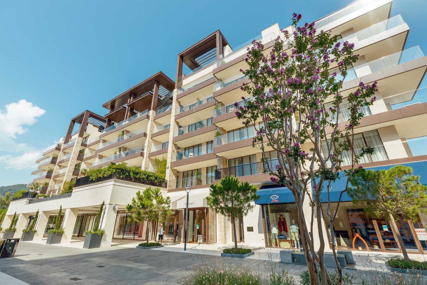 Tivat, Porto Montenergo – jednosoban apartman za izdavanje, zgrada Elena