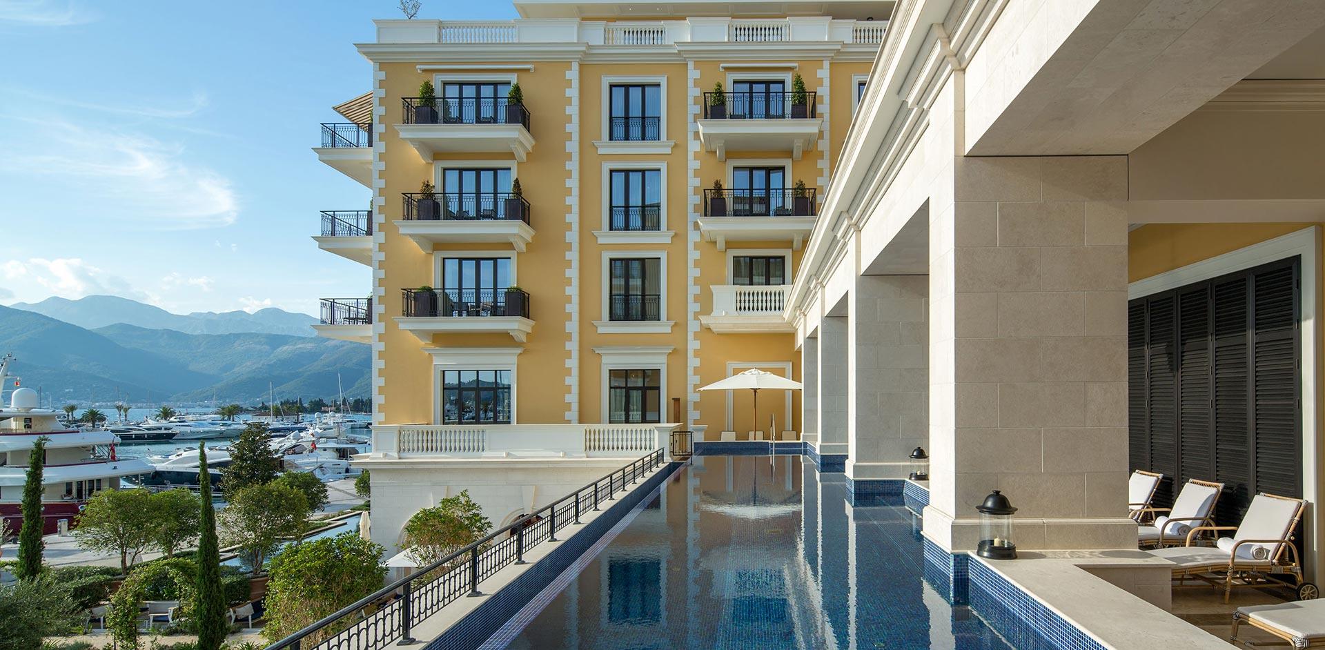 Тиват, Порто Монтенегро - роскошный студио апартамент в отеле Риджент