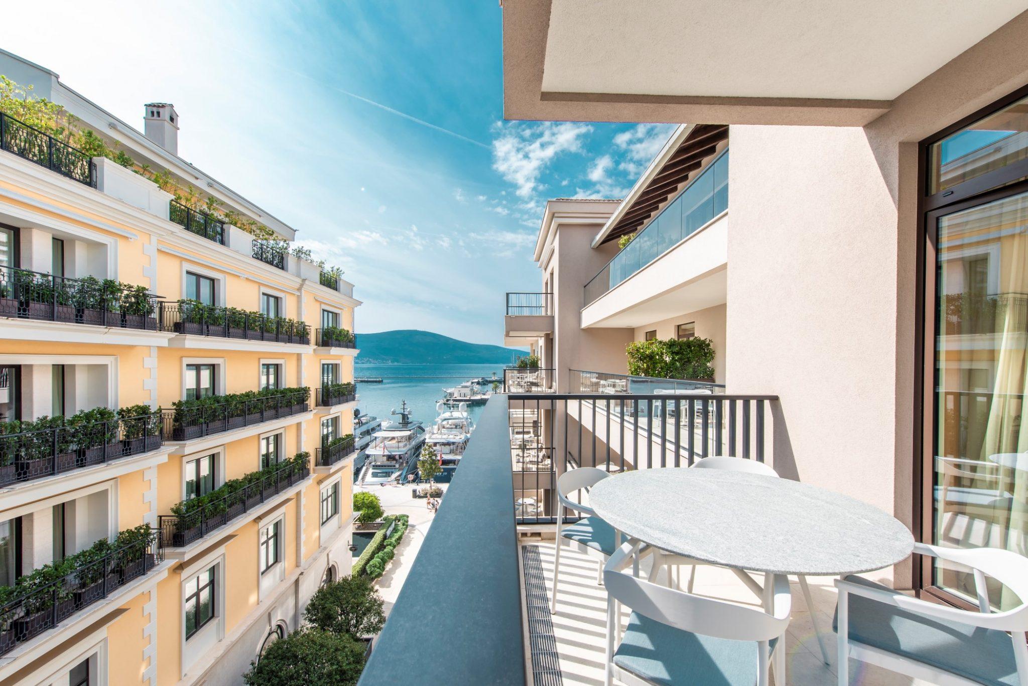 Tivat, Porto Montenegro – luxury one-bedroom apartment with sea view, Aqua building